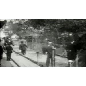 Vintage : les trottoirs futuristes de Paris